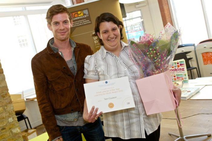 Luke Treadaway presents Terri Coulson with her award