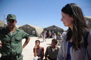 Lindsay at Zaatari camp (© Oxfam/Karl Schembri)