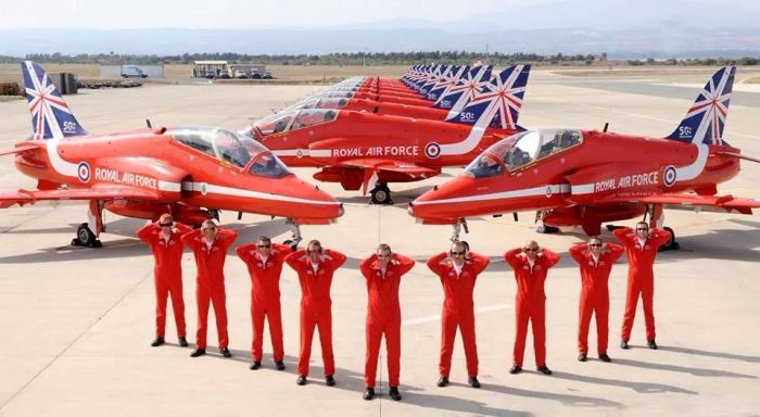 handsonears red arrows