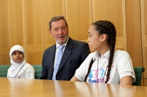David Blunkett with two of the young campaigners (PHOTO: Georgie Scott)