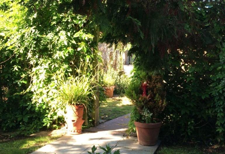 Regard in Bloom Oak Lodge 2014